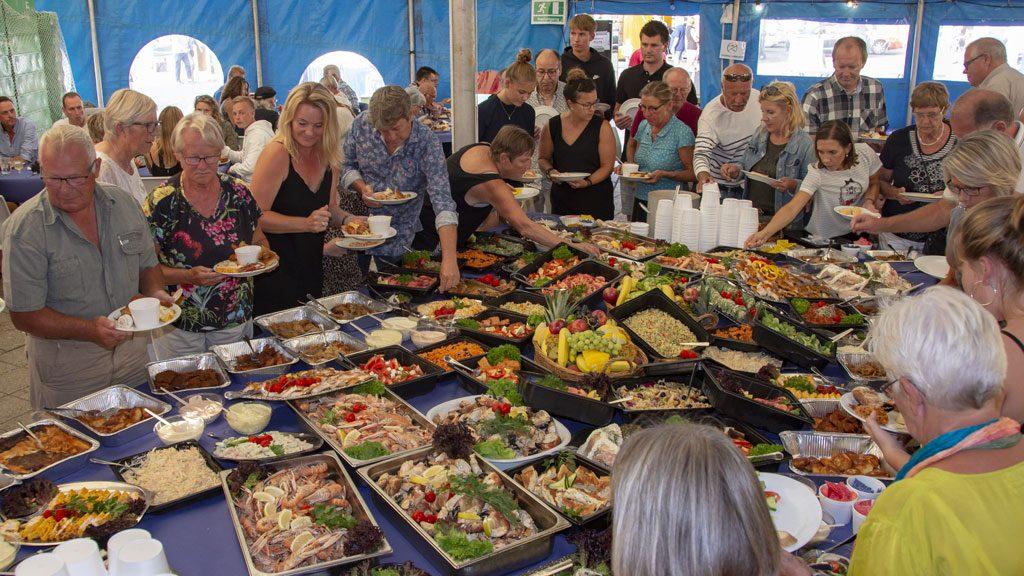 fiskebuffet til Hirtshals Fiskefestival